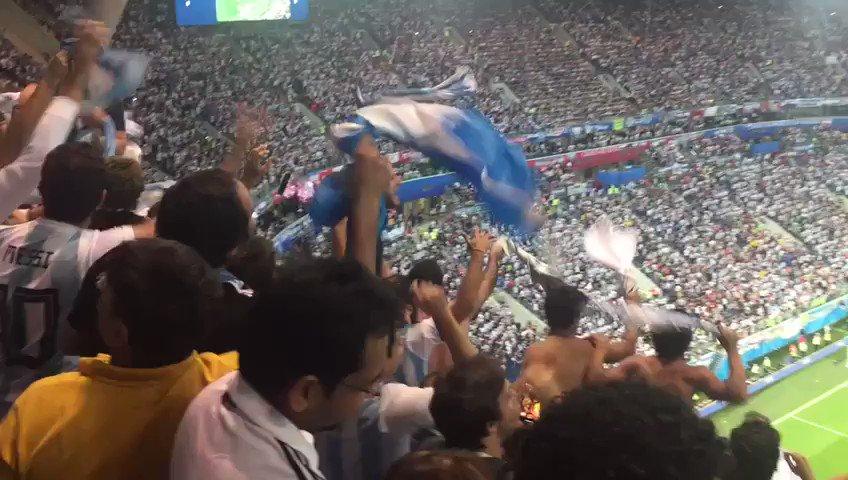 @Argentina en octavos de final de #Rusia2018 Vamos equipo!  🇦🇷Estamos todos alentándolos🇦🇷 Hubo actitud, ahora vamos por el juego efectivo. Siempre hay que mejorar. #VamosArgentina