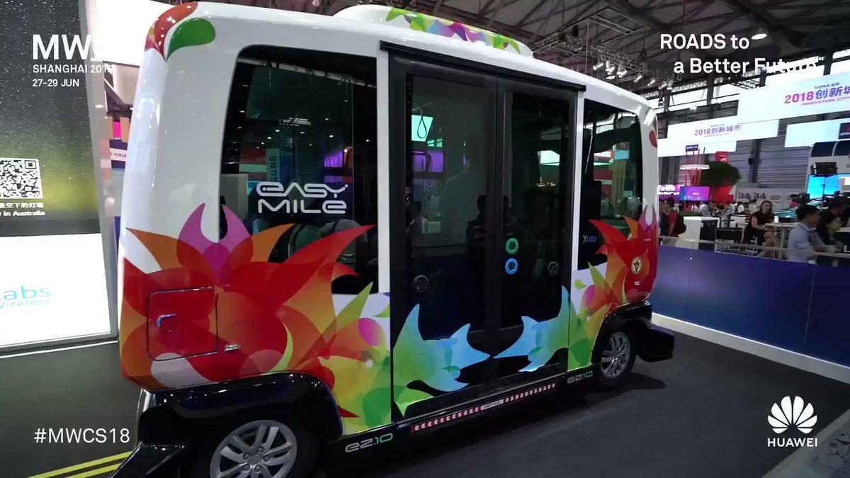 Telkomsel Pamer Bus Tanpa Sopir di Asian Games