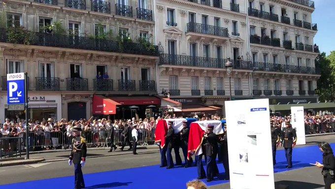 Simone Veil et son époux Antoine au Panthéon : revivez la cérémonie présidée par Emmanuel Macron L9zWV3eOPACyCLYL?format=jpg&name=small
