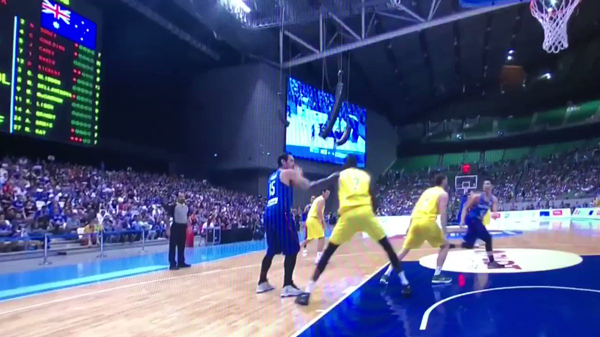 This FIBA basketball fight between the Philippines and Australia turned into a full-on street brawl