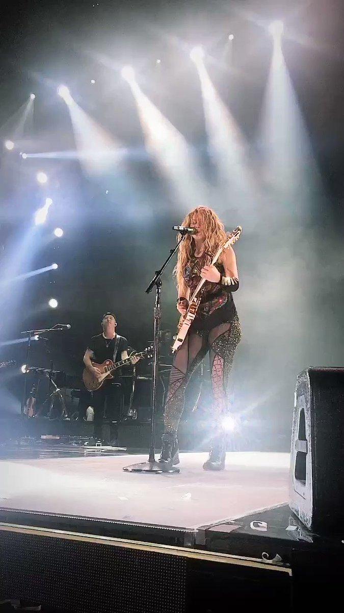 Inevitable �� #ShakiraBarcelona ShakHQ https://t.co/ogTAxkb6SJ