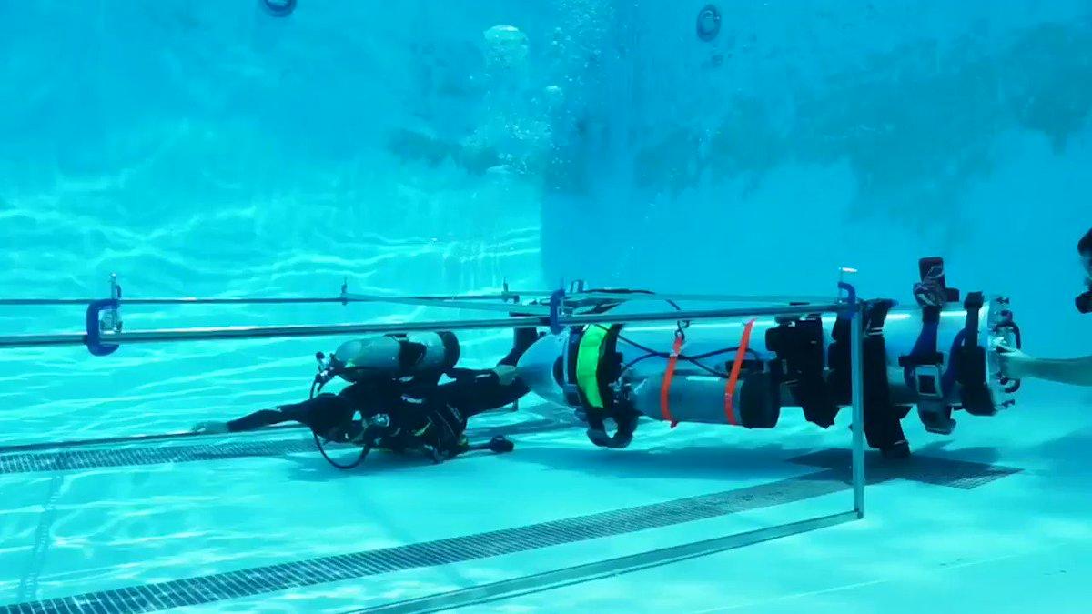 Илон Маск опубликовал видео испытаний субмарины для спасения детей в Таиланде