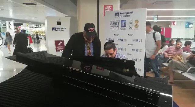 .@QuincyDJones al piano con il talentuoso pianista e compositore cubano .@alfredomusic Rodriguez da lui scoperto