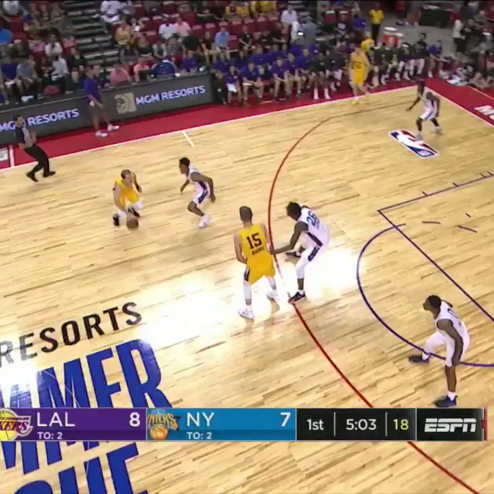 Josh Hart went into attack mode. https://t.co/FppzENOkg5