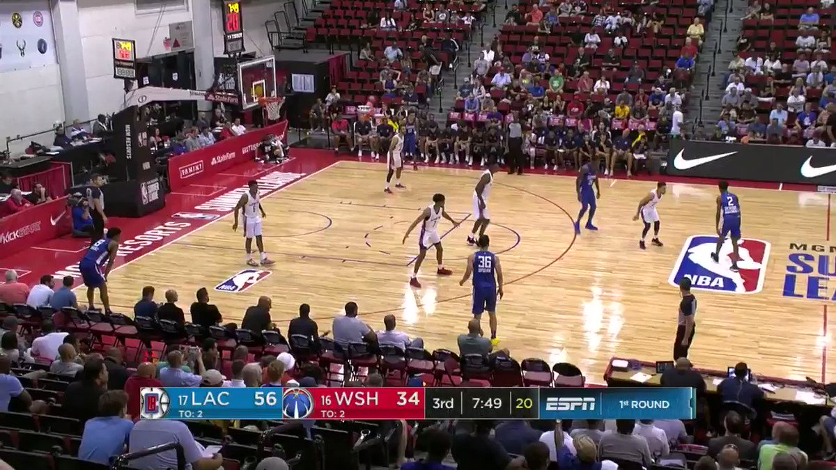 Shai Gilgeous-Alexander gets to his spot for the bucket.   #NBASummer on ESPNU https://t.co/wFHB59AlvK