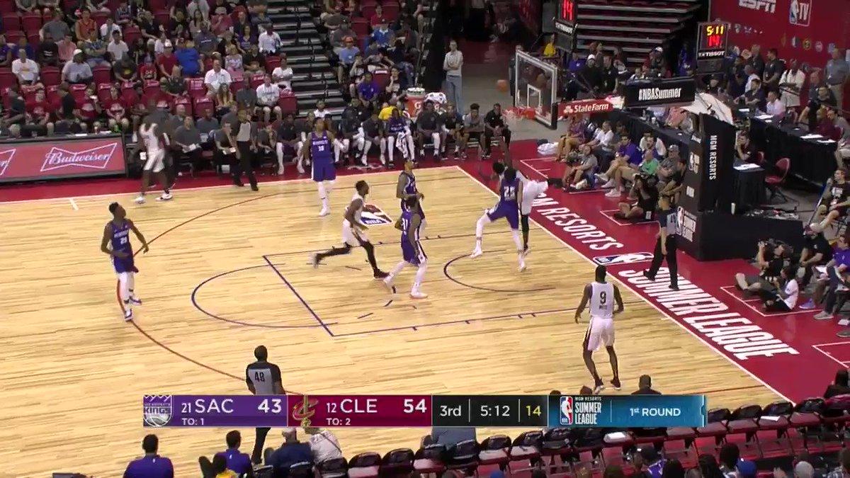 Zach Auguste dish ➡️ Harry Giles bucket  #NBASummer on @NBATV https://t.co/reyv0NWiFY