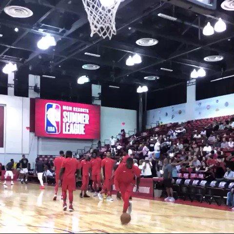 The @Raptors' @Iam_RawleAlkins taps glass & slams it home! #NBASummer 📺: ESPN2