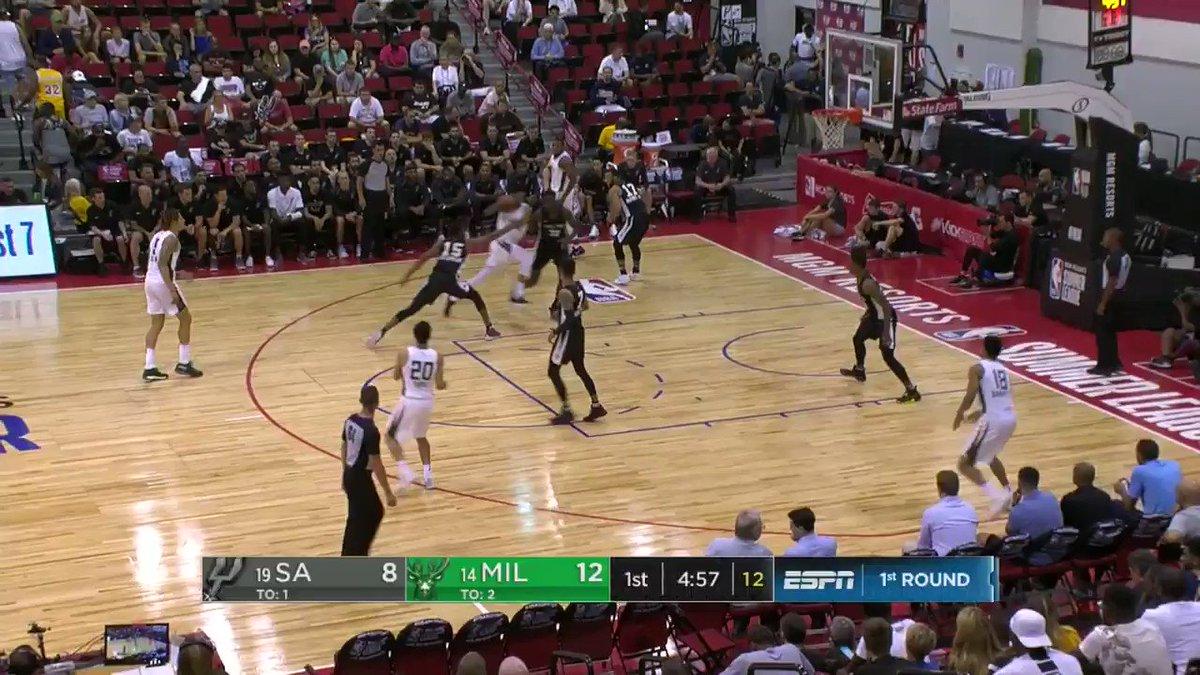 CHRISTIAN. WOOD. THROWS. IT. DOWN.  #NBASummer on @NBATV https://t.co/HzeN7AJgC3