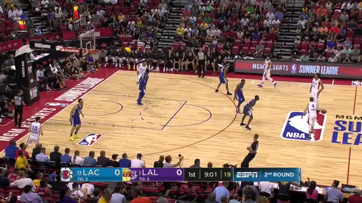 Svi knocks down the three to get the @Lakers started.  #NBASummer https://t.co/hy0V6UV513
