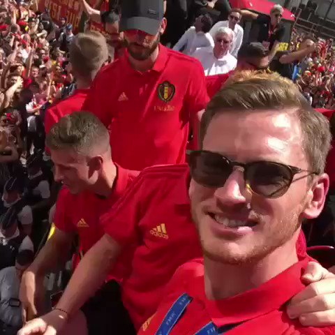 My IDOL @JanVertonghen  Thanks to the fans for coming!!! ❤️ #redtogether
