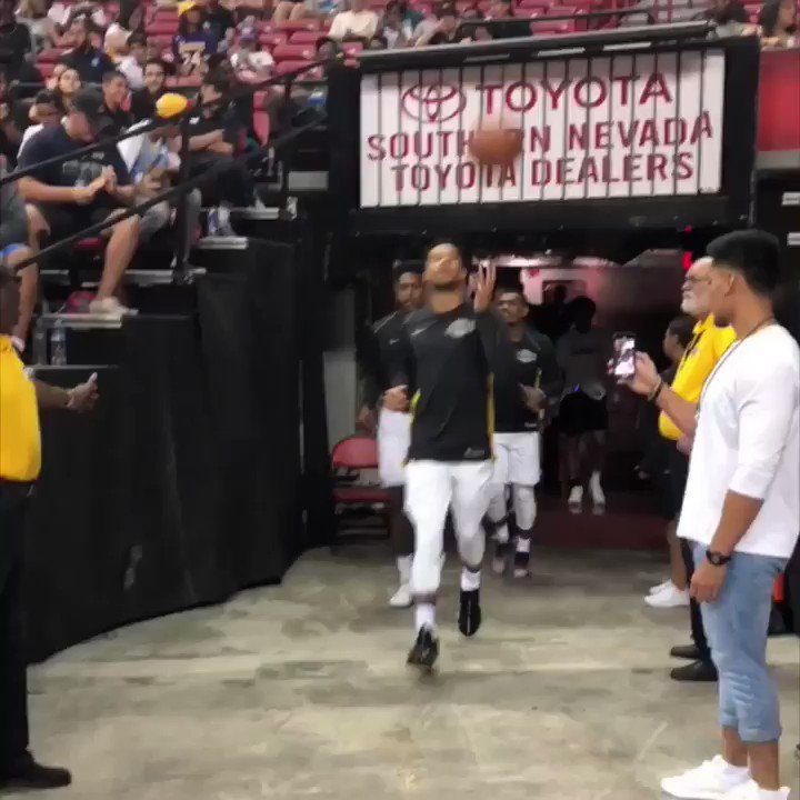 Reigning @NBASummerLeague champs @Lakers take the floor ahead of quarterfinals tip on @espn (1pm/et)! #NBASummer https://t.co/33G2Oi8P4B