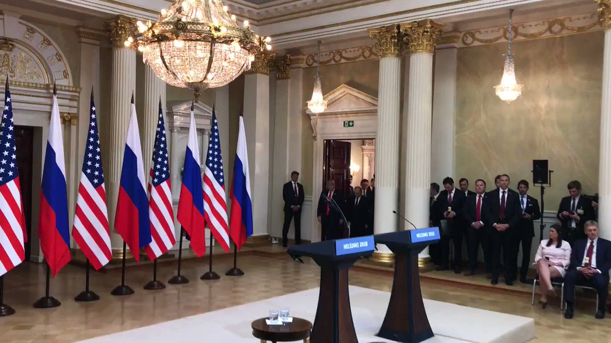 President Trump holds a joint press conference with the President Putin.  LIVE NOW: https://t.co/EmsdctGWtd https://t.co/4mw7UE9Zed