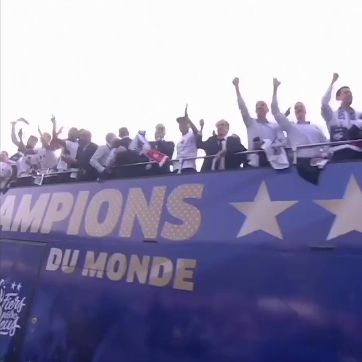 French fans give #worldcup winners a heroes' welcome  https://bbc.in/2zLEQku  #championdumonde2018