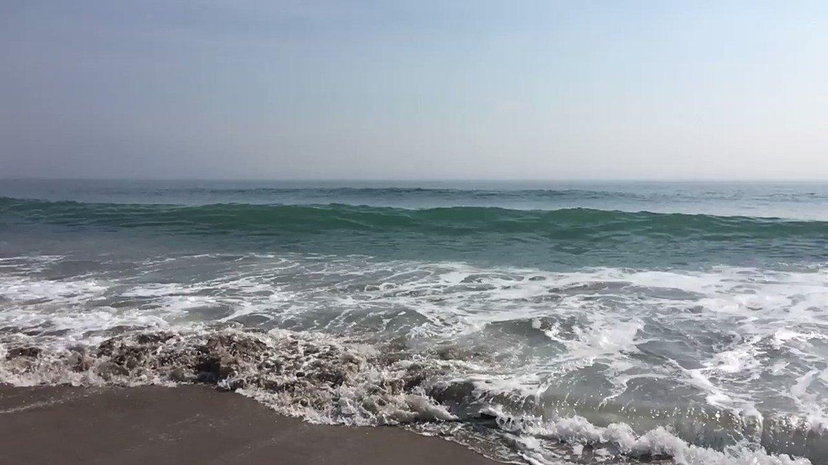 おはようございます。暑い日が続きますので、北茨城の波で涼んでください。
