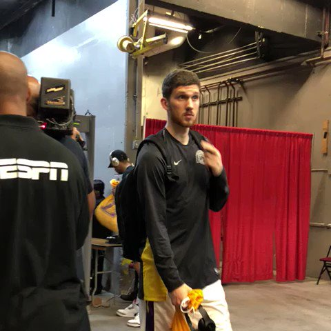 Seeking back-to-back #NBASummer titles, the @Lakers arrive for ESPN action vs. @trailblazers. https://t.co/Xo1UJCkdDo