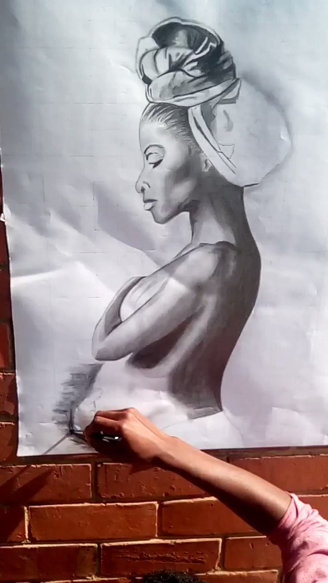 @nelisiwe_sibiya #mamakabafana Track inspires me into this artwork... Thank you #67Minutes #LockdownS3 #TSAon3 #drawings