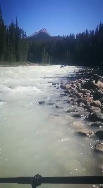 Rafting was beautiful and great fun too! https://t.co/lvIdWvRV6F