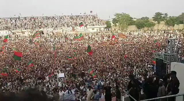 The charged crowd at Bannu today. #AwaamKaFaislaPTI