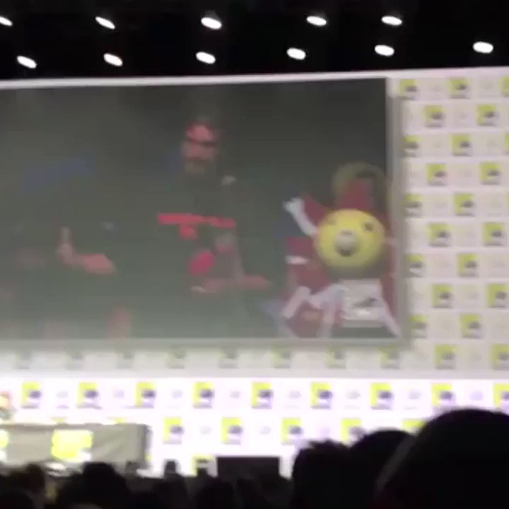 Jamie Lee Curtis shared a sweet moment with a Comic-Con fan who says she saved his life https://t.co/X90l0MaRwC https://t.co/JgEdizil4H