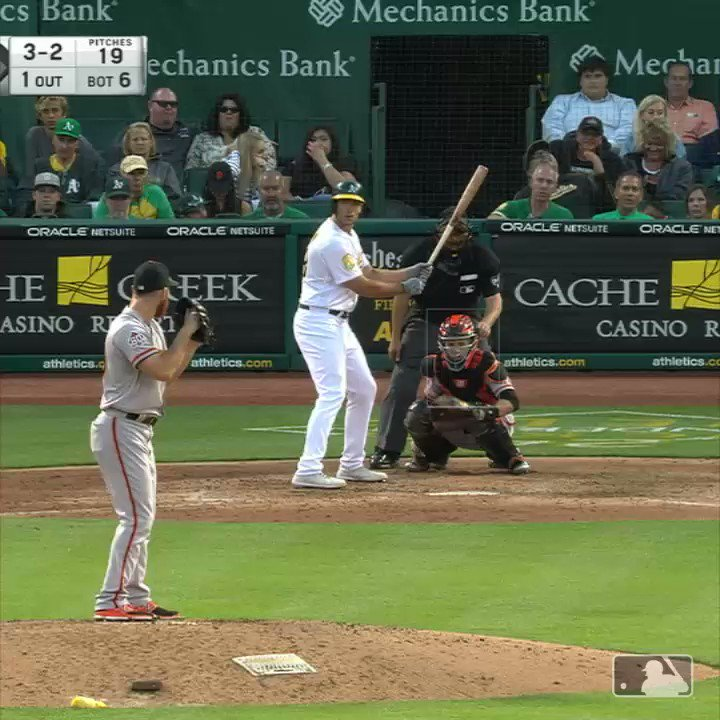 When you hold down the turbo button ��  Are you kidding me, @bcraw35?!   #SFGiants https://t.co/iH9yITCSmK