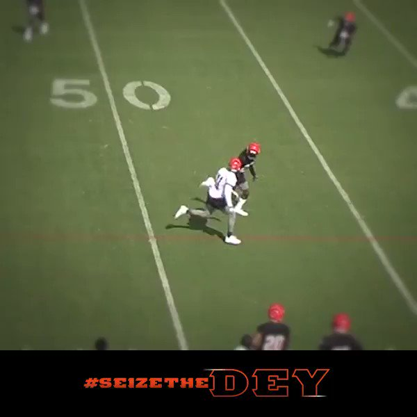 .@DreKirkSWAG out here COMPETING! #SeizeTheDEY https://t.co/t5sagd7zkZ