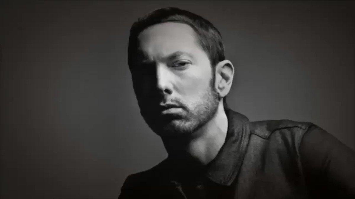 Me , @rosenberg and @Eminem ���������� Suck It!!! @Shade45 happy birthday Paul!! �������� https://t.co/DPBJUB8VZA