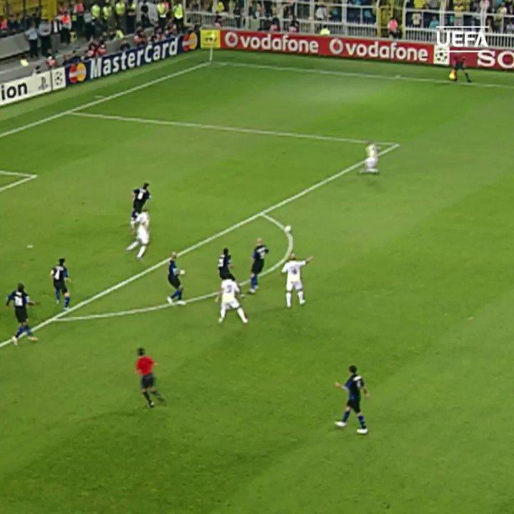 Throwback to this Deivid wonder goal! 💥⚽️ @Fenerbahce @ChampionsLeague