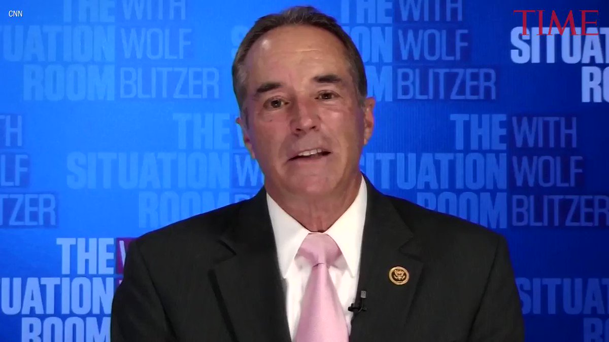 New York Congressman Chris Collins indicted on insider trading charges https://t.co/c5WJE27Onh https://t.co/KxiISOlHVw
