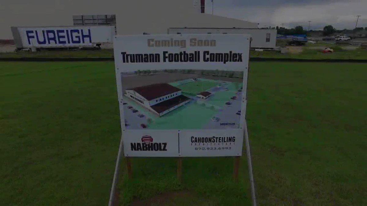 Image for the Tweet beginning: The Wildcat Football Stadium in