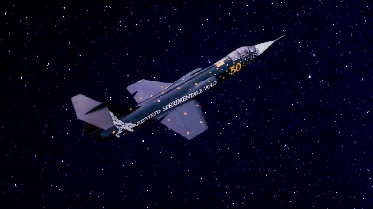 Per la notte di San Lorenzo il cacciatore di #stelle in versione special color stellato: lo Starfighter…e che sia di buon auspicio per trovare la vostra stella#AeronauticaMilitare #lanostrastoria #latuasquadrachevola #stellecadenti #F104  - Ukustom