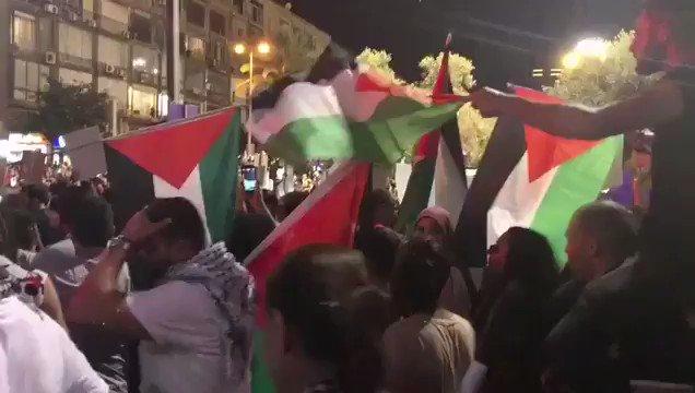 אין עדות טובה יותר לנחיצותו של חוק הלאום. אנו נמשיך להניף את דגל ישראל בגאון ולשיר את התקווה בגאווה גדולה 🇮🇱🇮🇱🇮🇱