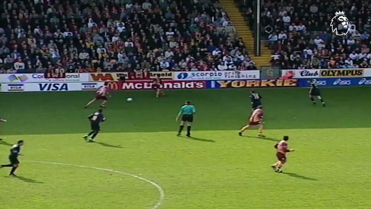 That classic Peter Beagrie celebration 👌 #GoalOfTheDay
