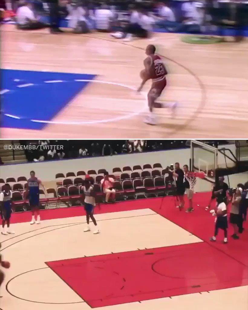 What do Zion Williamson and Michael Jordan have in common?  This dunk. (via @DukeMBB, @michaelgrange) https://t.co/Yl4O6nYAx1
