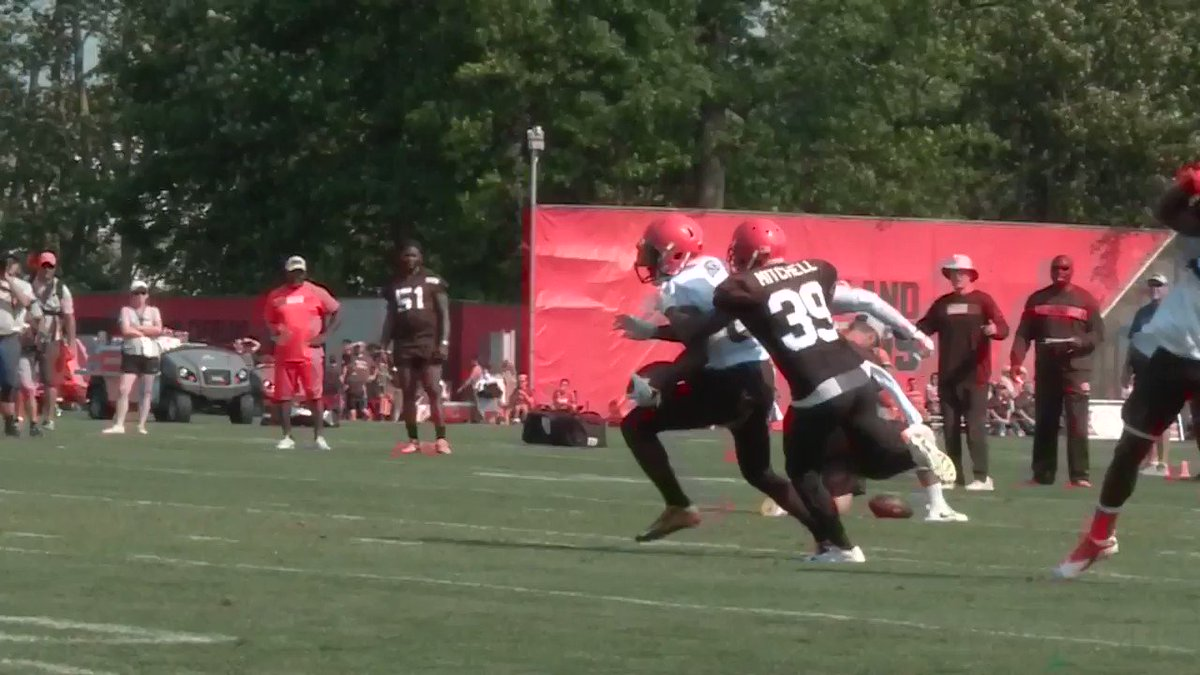 Jarvis Landry and Terrance Mitchell had an altercation today... �� #Browns #DawgPound #3Browns @wkyc https://t.co/M95Ap43DL4