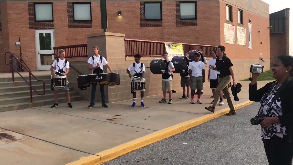We welcomed students today with our band, bubbles, and a DJ! Happy first day #rsmsrocks!
