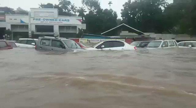 Hari Vj Fanatic's photo on #KeralaFloods