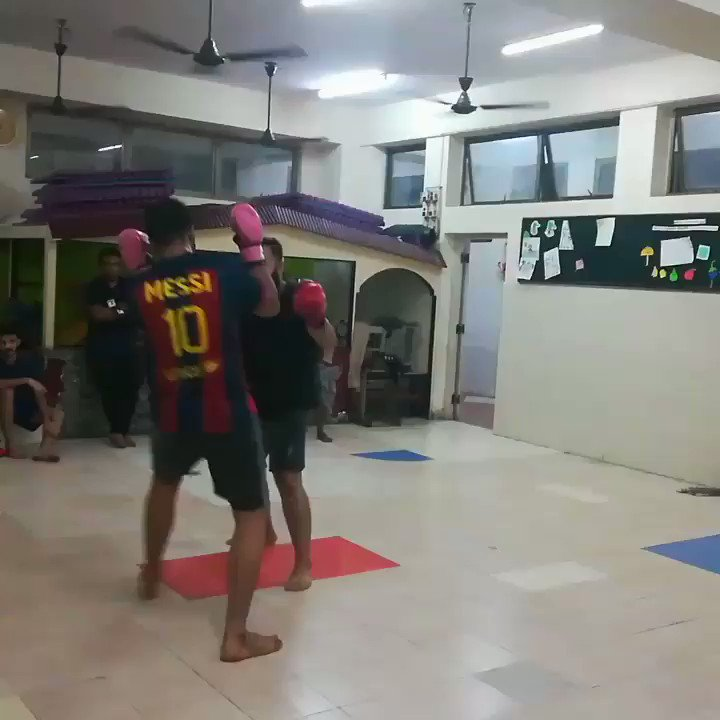 #Selfdefence Latest News Trends Updates Images - RENKICKBOXING