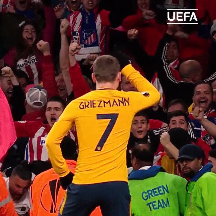 Antoine Griezmann 🕺 #FridayFeeling @AntoGriezmann