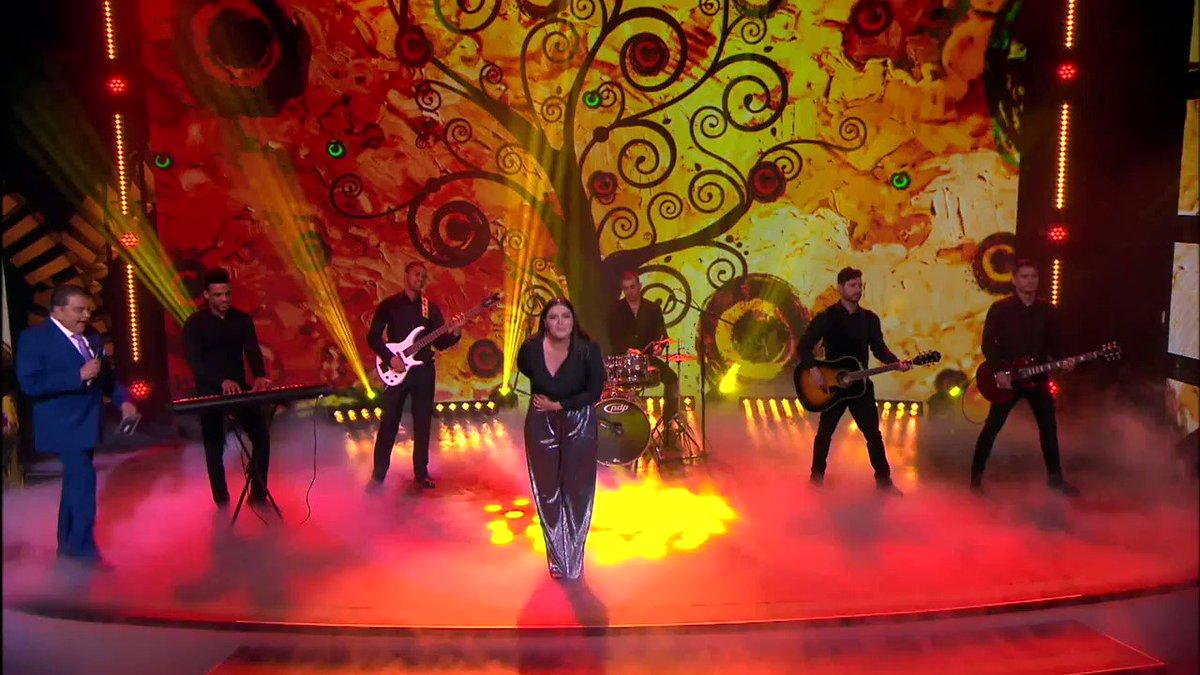 #YuridiaEnDonFTeInvita ¿Están listos para cantar #AmigosNoPorFavor con la reina de las baladas? @yuritaflowers #DESIERTOTOUR2018 #19Agosto