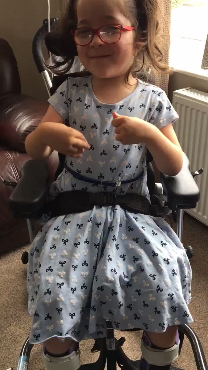 Eden would you kindly retweet my Daughter Leonie please #CFCFan @hazardeden10 she needs a spinal operation (SDR )not available on the NHS #teamleonie 🙏🏻Thank you 💙⚽️💙Please give a small donation if you can #Cerebralpalsy https://www.justgiving.com/campaigns/charity/just4children/teamleonie …