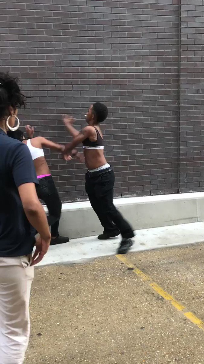 if you can smoke a jack & beat my ass like this i don't want no parts 😂😂😂