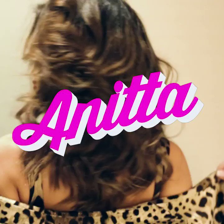 Anitta, Sao Paulo, 2018. #DGEnough @Anitta https://t.co/9bW0G7Y1m0