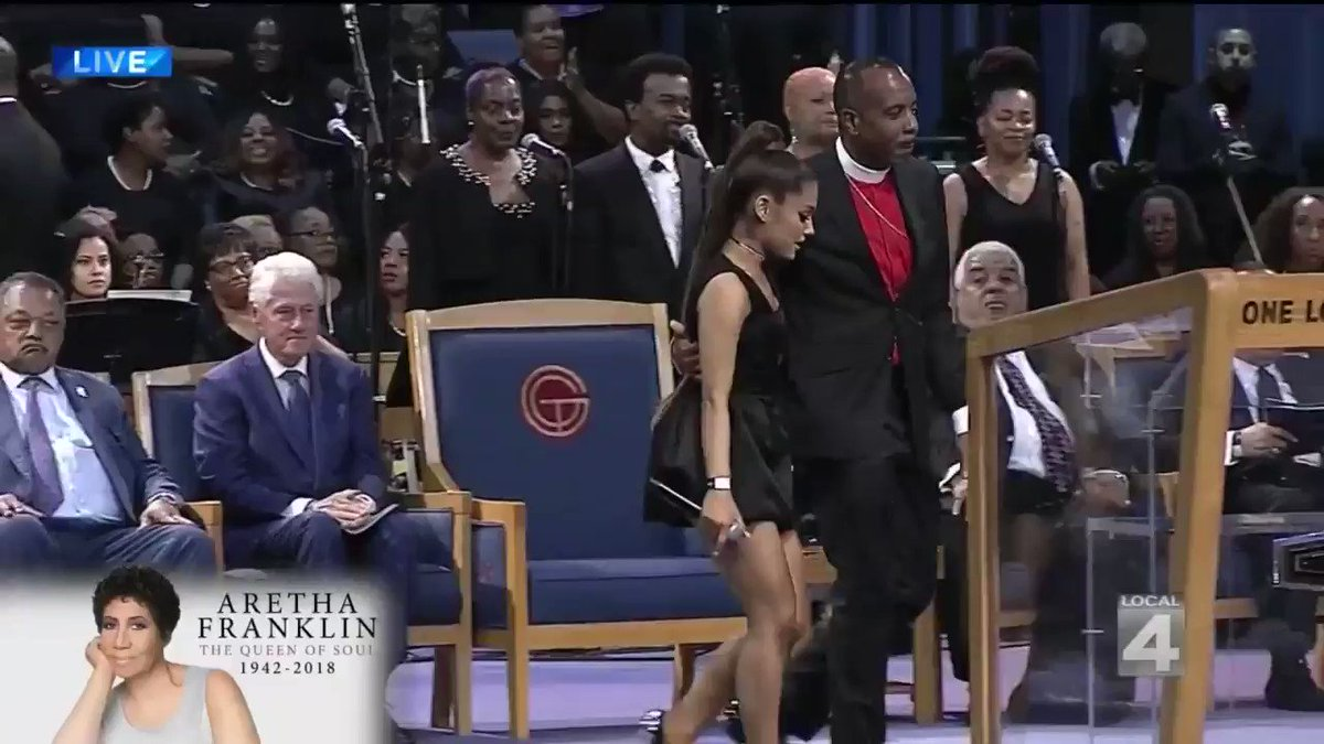 Bishop At Aretha Franklin's Funeral Apologizes To Ariana Grande For Thinking She Was Fast Food