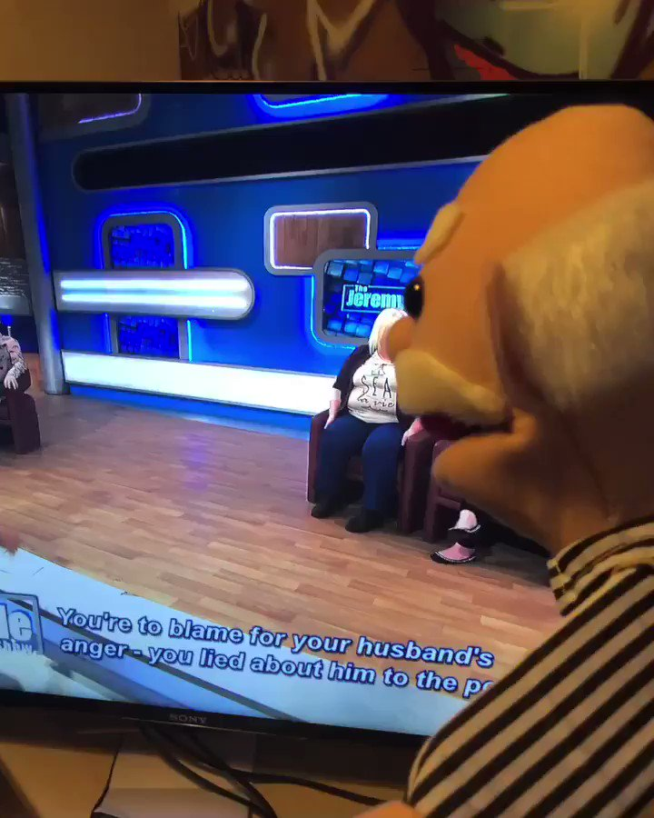 Who the hell is this guy messing with on the @itvjeremykyle #JeremyKyle #OldManLikeRon