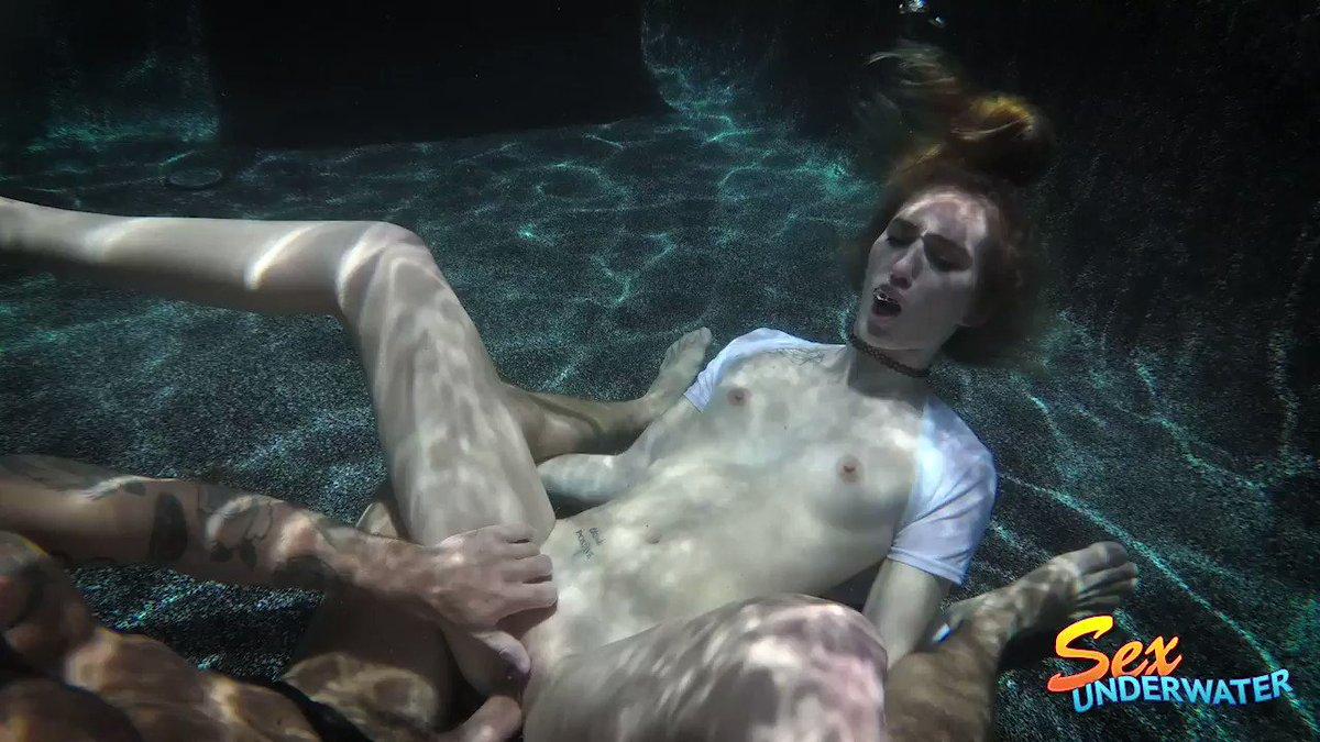 Girl Drowning Underwater Porn