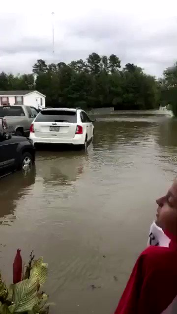 NC mfs really don't give af bout no hurricane hurricane look at this shit from last year 😂😂