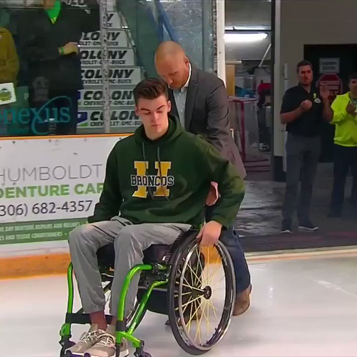 Five months after a bus crash left 16 dead, the @HumboldtBroncos hosted their first regular-season game. https://t.co/7Z5GR7YSpB
