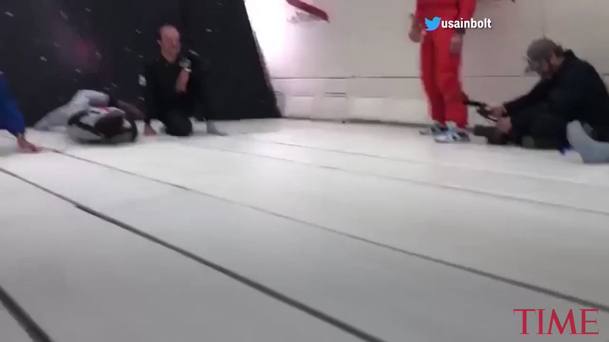 Usain Bolt floats his way to victory in zero-gravity race https://t.co/G9BOcw1o92