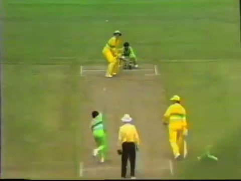 RT @hached: The day @ImranKhanPTI demoted Nadeem Ghauri for department-like fielding!   #PAKvAUS https://t.co/mKE3fQ07zR