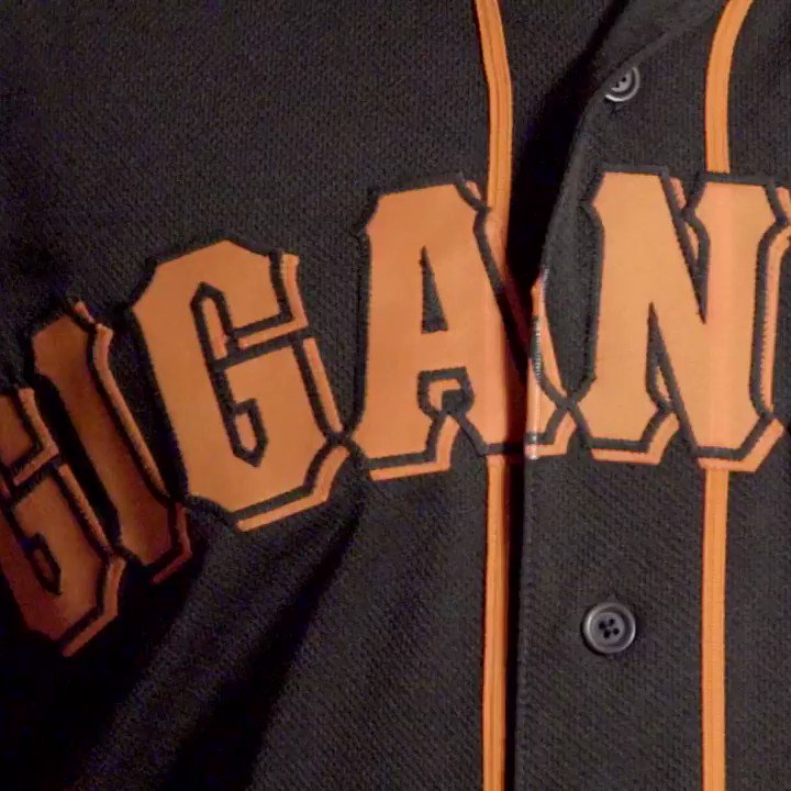 Proud to be Latinos. Proud to be Gigantes. #HHM #PonleAcento https://t.co/RymFjffWK4